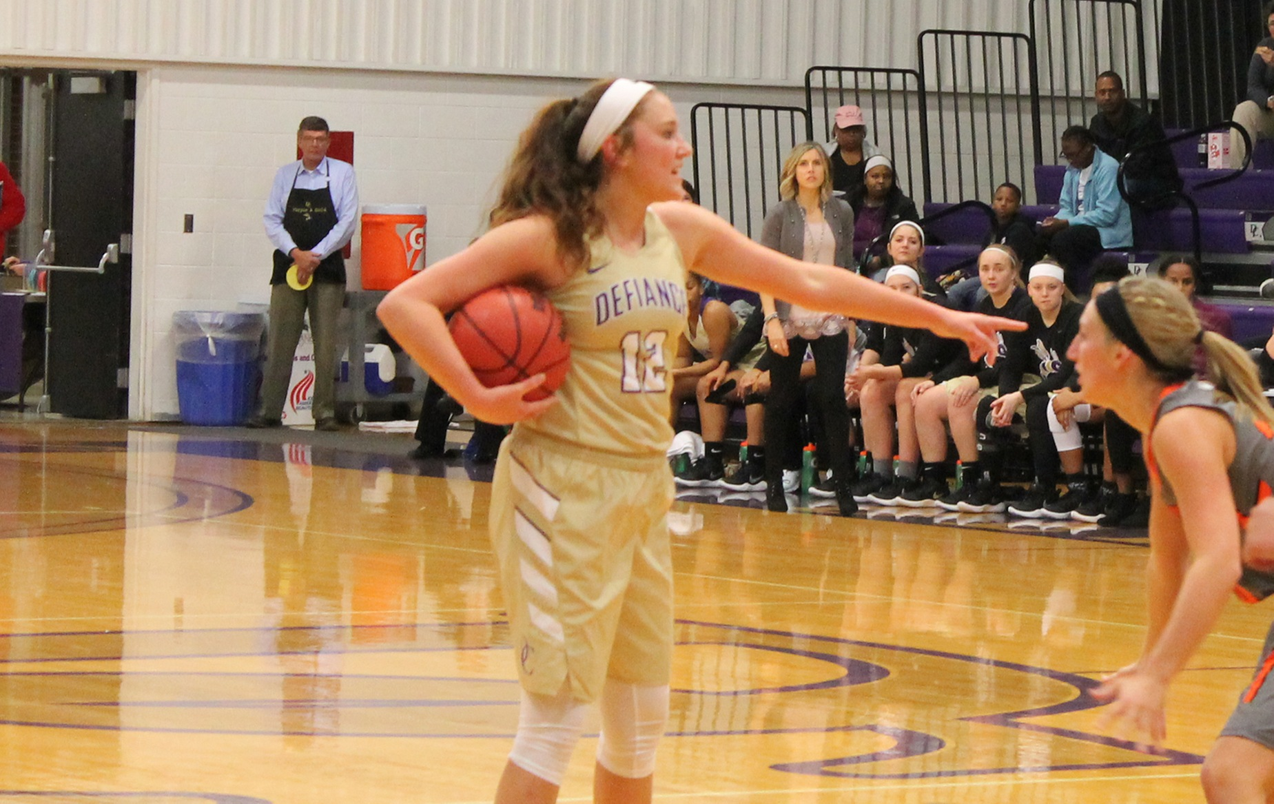 Yellow Jackets Earn First Win of Season