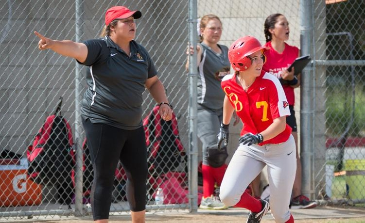 COD Softball allows big first inning, falls to Wolverines, 8-3