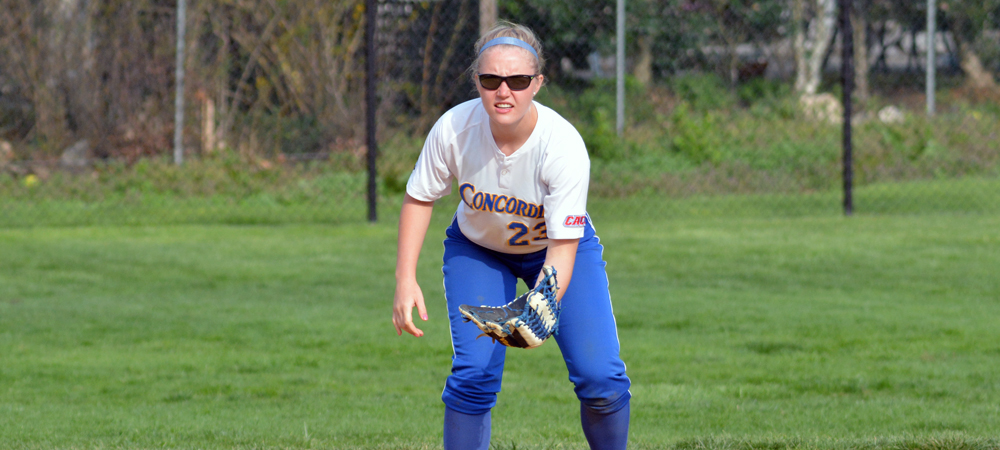 Softball Splits with Nyack in CACC Doubleheader at Home