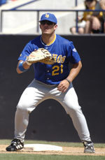 Gauchos Fall 8-1 Against USC, Blauer Extends Hit Streak