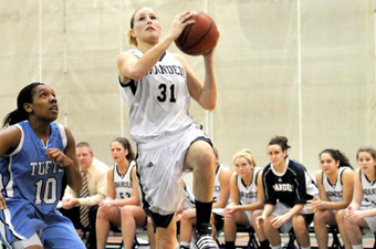 Kendrew's 18, Scanlon's 12 lead women's hoops past WPI, 55-46, in season opener