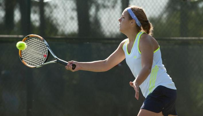Women's Tennis Extends Win Streak to Seven with Two Home Victories