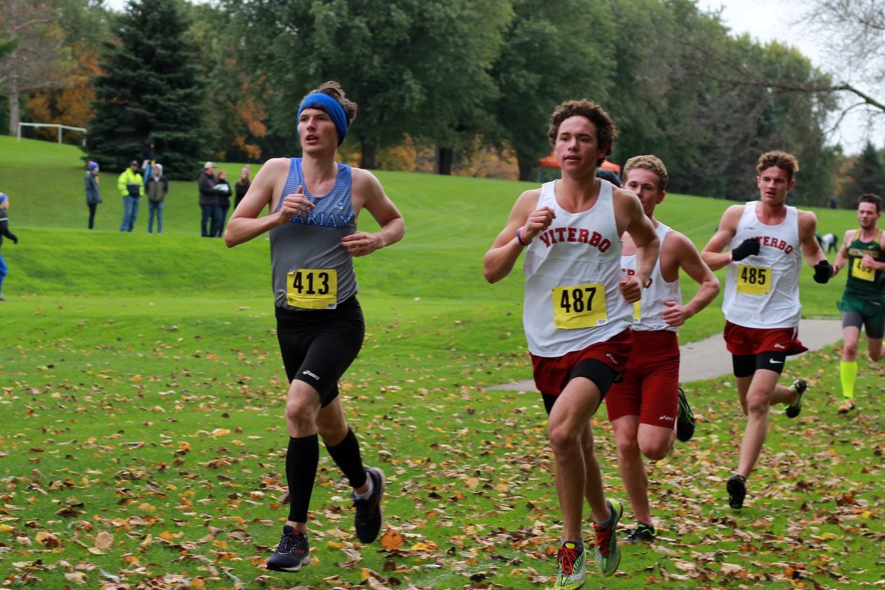 Jacob Leiden leads the pack.
