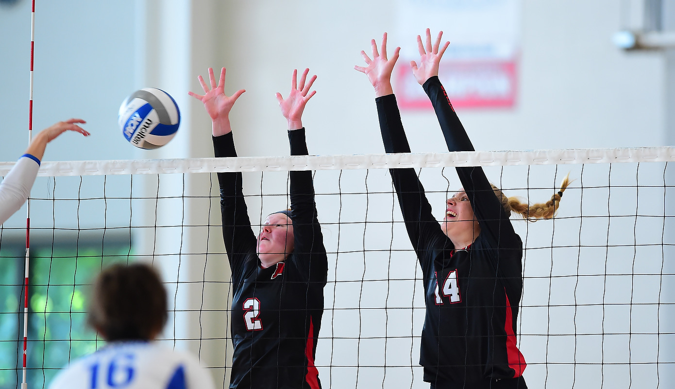 Volleyball Falls to York in Spartan Invitational Opener