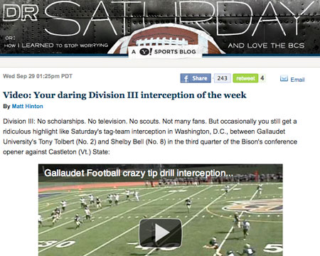 Screenshot of the Yahoo Sports blog posting on the Gallaudet play.