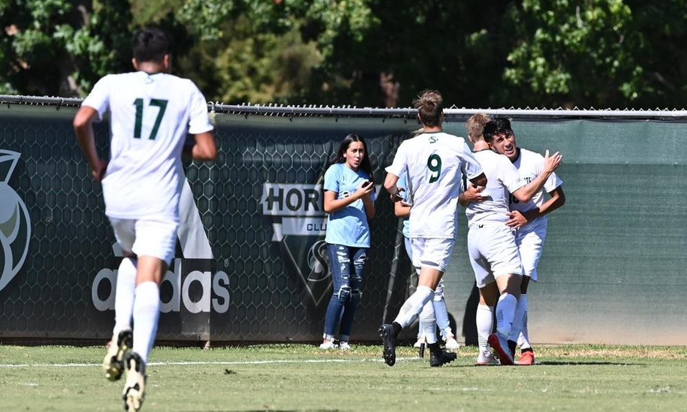 MEN'S SOCCER'S WIN STREAK ENDS IN WILD MATCHUP WITH CSU BAKERSFIELD SUNDAY