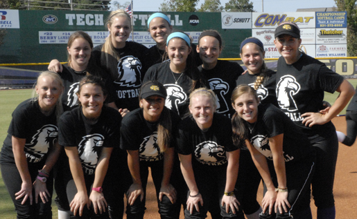 Softball adds 12 newcomers to an already powerful roster