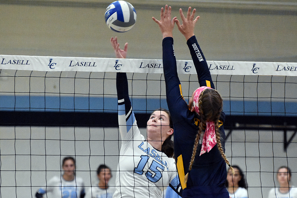 WVB: Lasell falls to Southern Maine in non-conference match