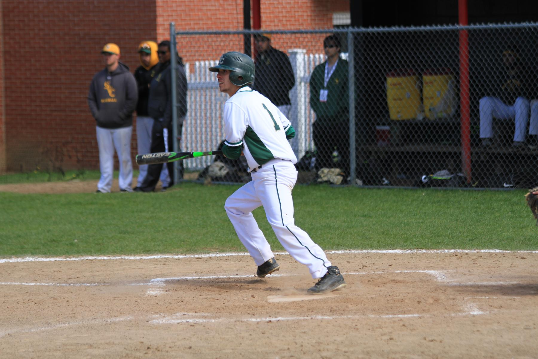 Southern Vermont Defeats Baseball In NECC Tournament Opener