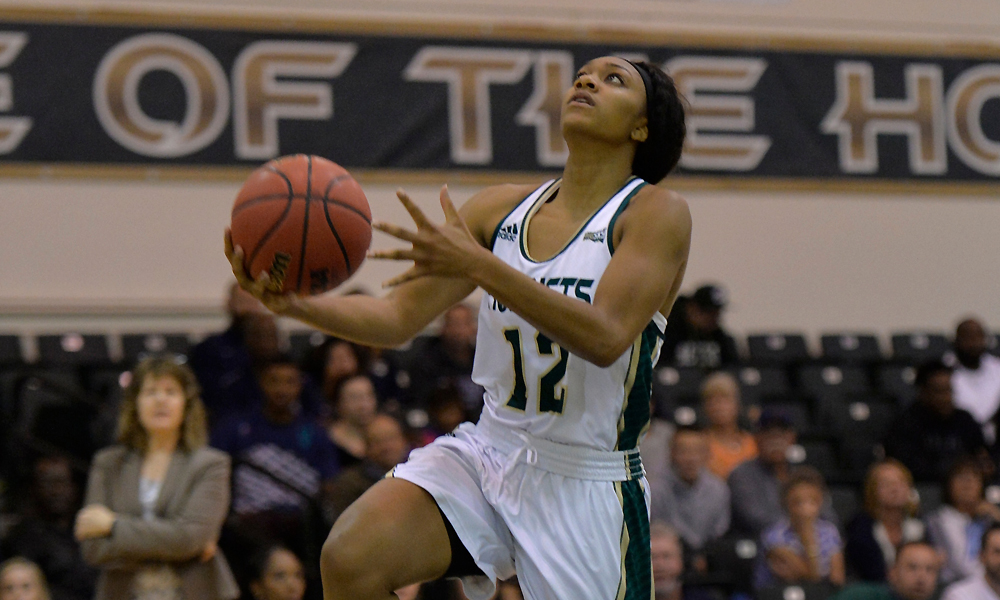 WOMEN'S BASKETBALL LOOKING TO REBOUND AT UC IRVINE SATURDAY