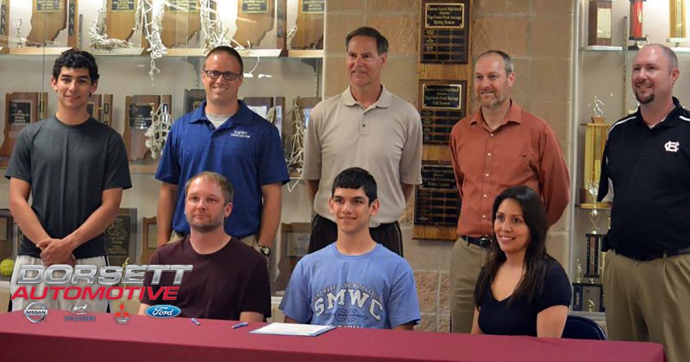 #PomeroyMXC Signs Hanover Central's Ethan Collins
