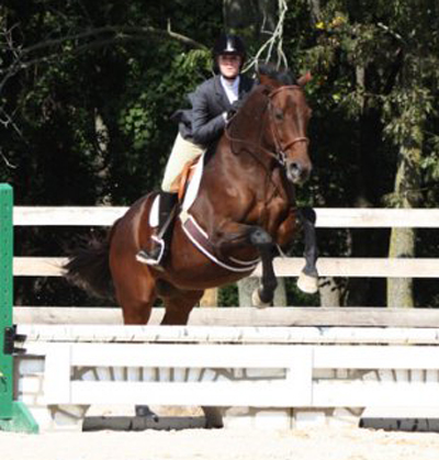 UMW Riding Team Places First at UMW Show; Climbs Into Tie for First in Region Standings