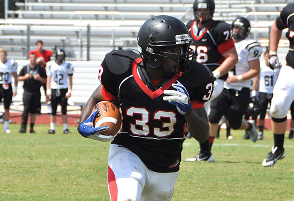 Football: Panthers have successful pre-season scrimmages Sunday