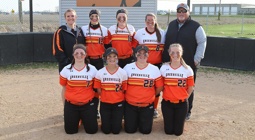 Softball tops Iowa Wesleyan in doubleheader