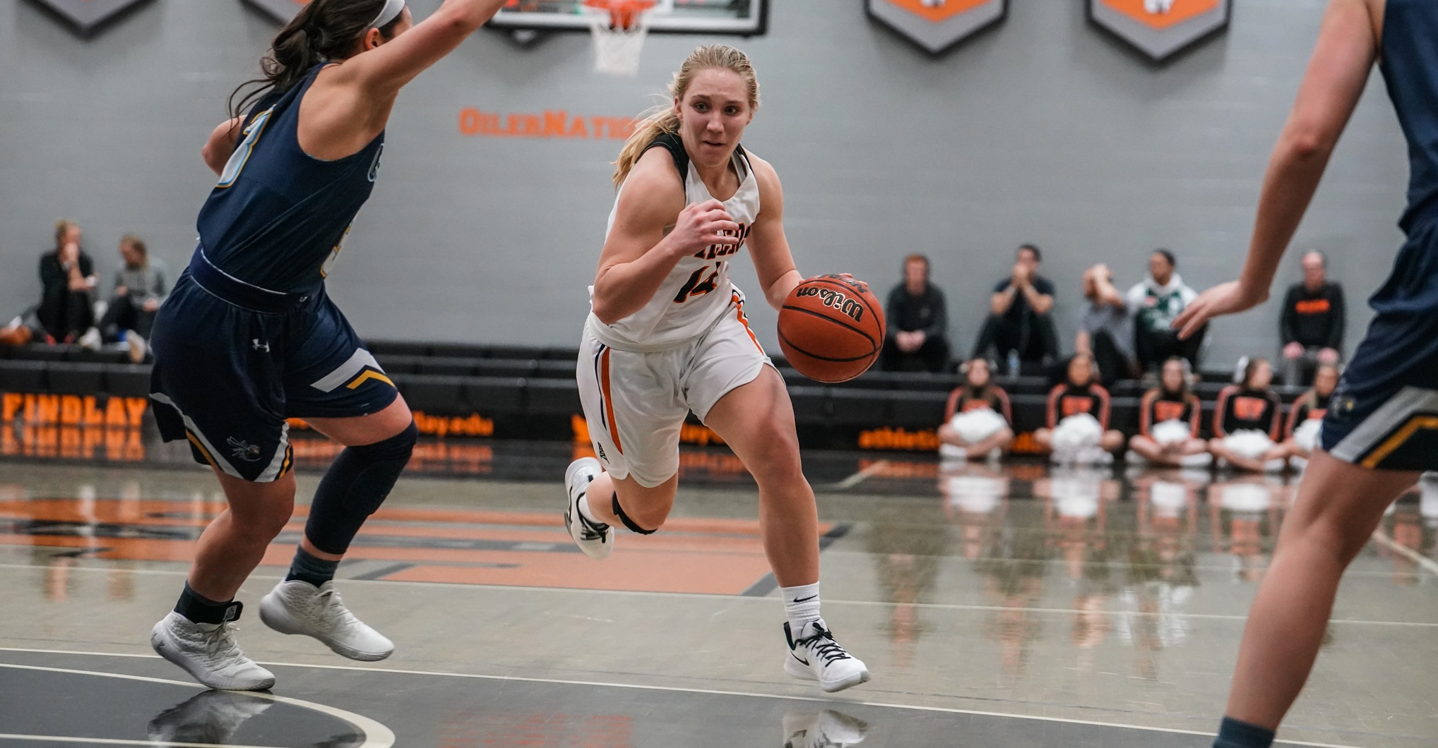Findlay Hangs on in Tiffin | Wins Fourth Straight