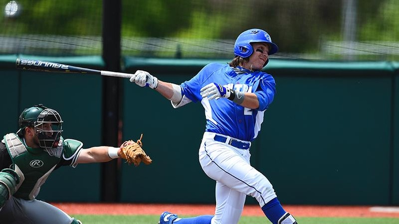 Baseball Splits Doubleheader Friday in Florida
