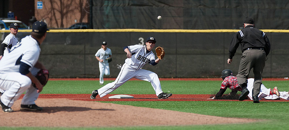 No. 14 Frostburg St. runs past Gallaudet, 7-2
