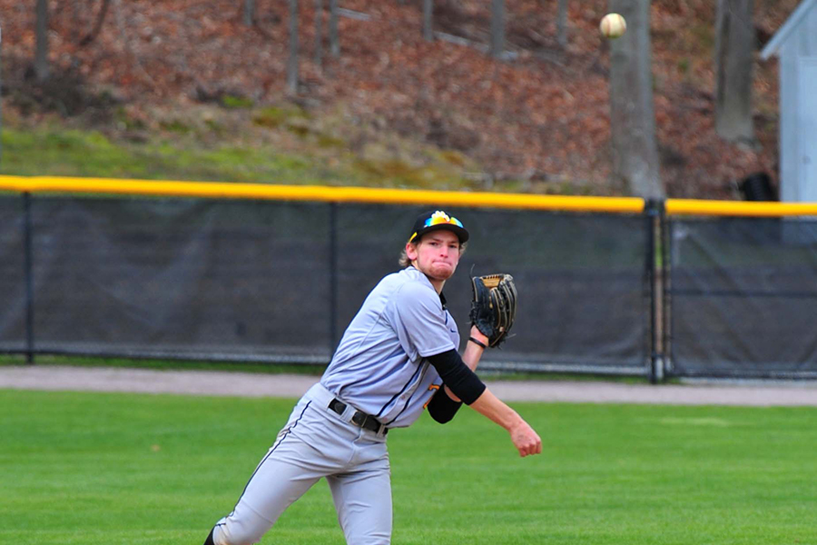 Baseball Opens Conference Play With Split at Roger Williams