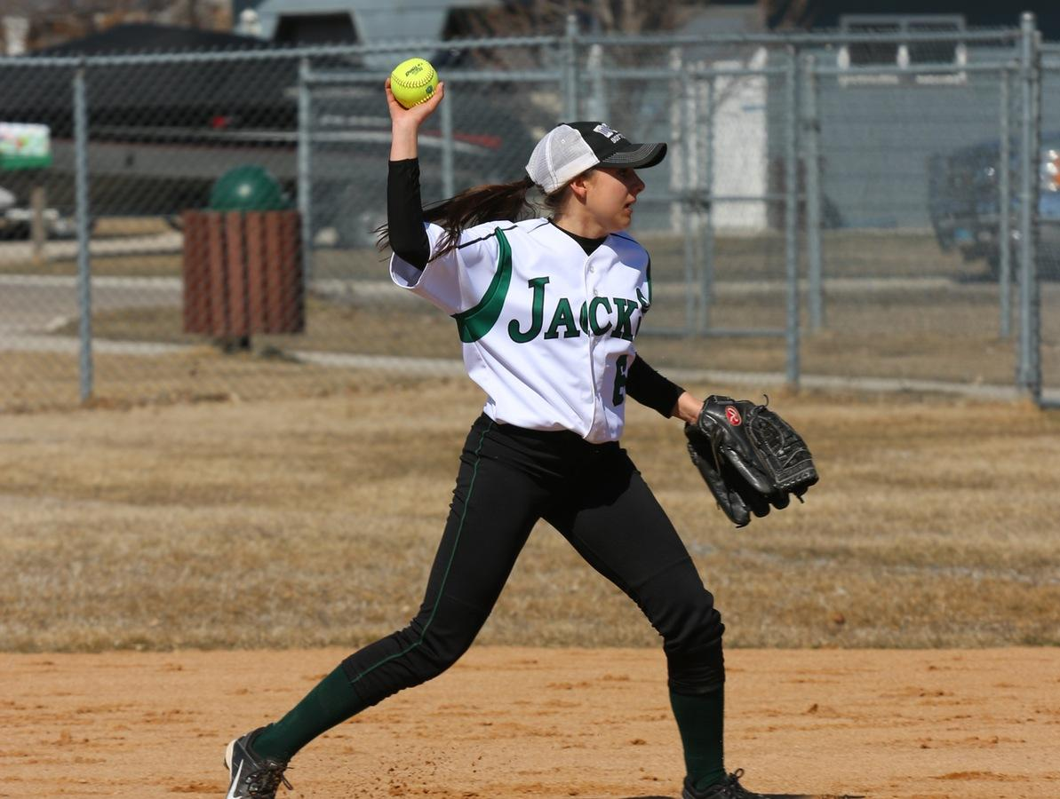 Ladyjacks Fall To Minot State JV