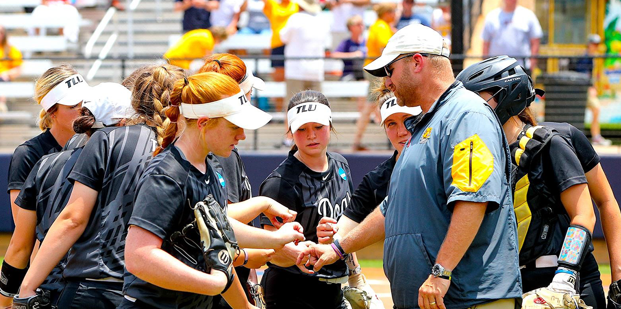 TLU Named NFCA West Region Coaching Staff of the Year