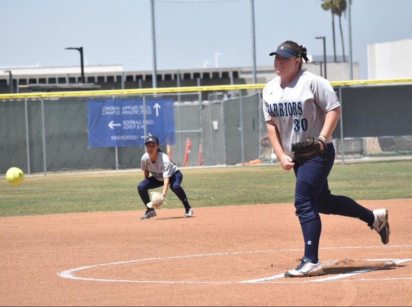 Weishoff's Gem Gives Warriors Victory over Santa Ana in Regional Opener