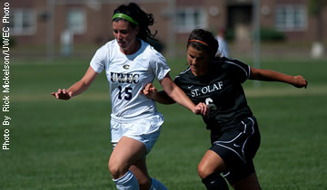 Big First Half Propels Soccer to 4-1 Win Over St. Benedict