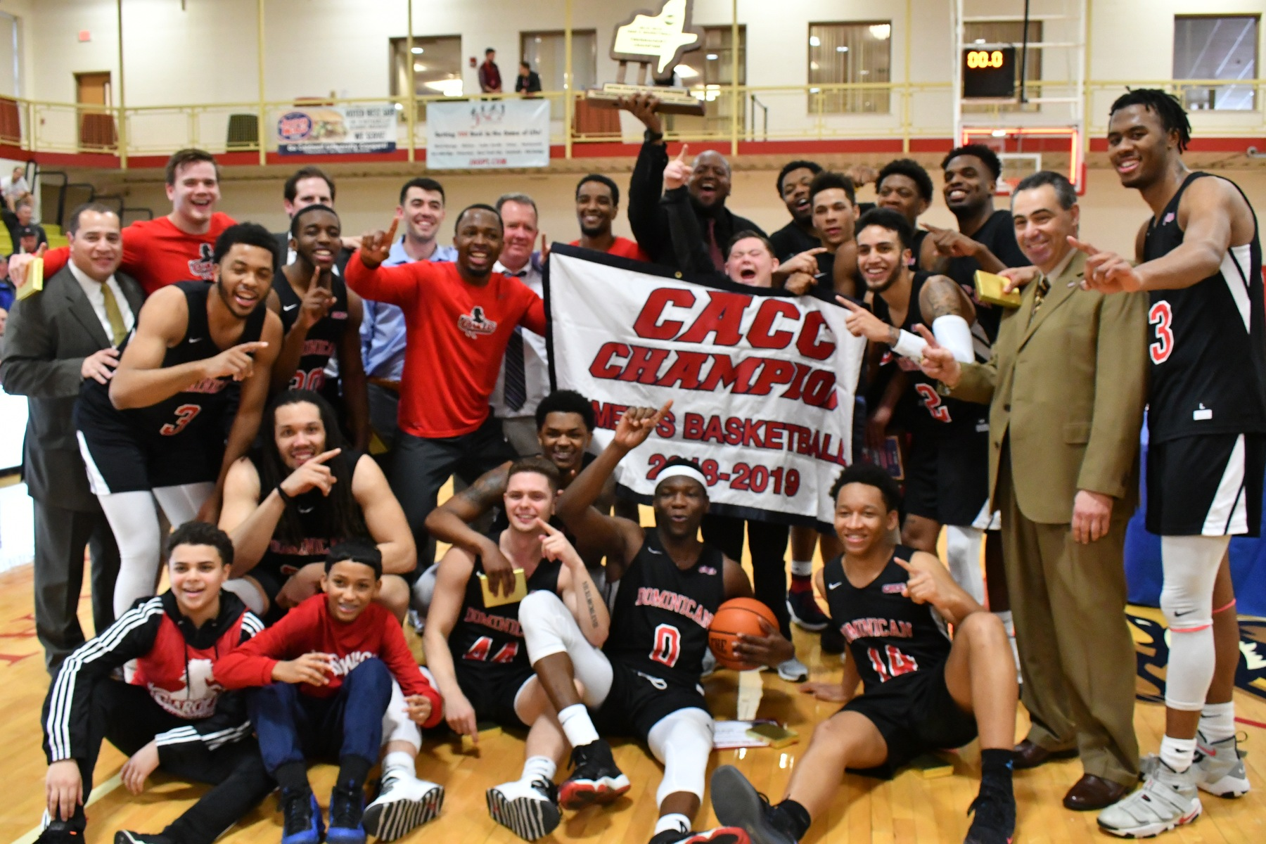 CHARGERS WIN CACC MEN'S BASKETBALL CHAMPIONSHIP