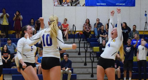 Volleyball Downs Rivier 3-1