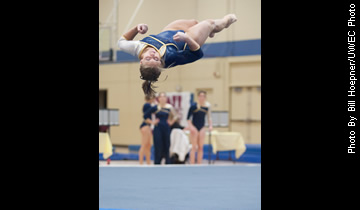 Women's Gymnastics Wins John Zuerlein Invitational