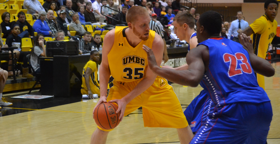 Ellliott Nets 26, But Foul-Plagued UMBC Falls to UML, 71-61