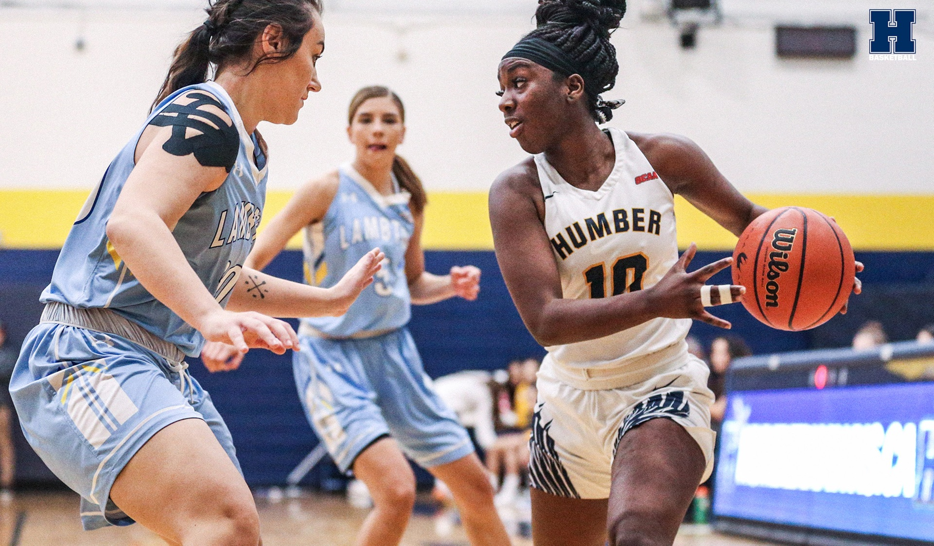No. 4 Women's Basketball Extends Win Streak to Six
