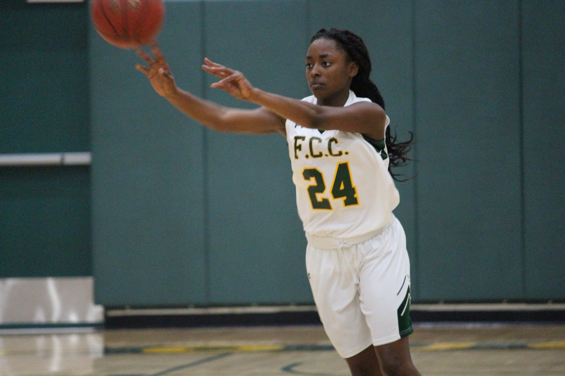 Cougars' 1-2 Punch Delivers Victory for Women's Basketball Over Cardinals