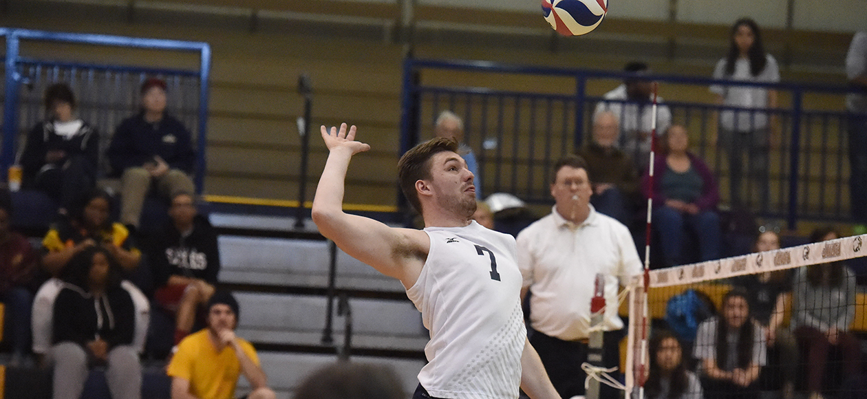 Mahlon Bender had seven kills on seven attempts for a perfect 1.000 hitting percentage.