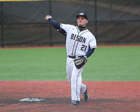 Bison walk off in defeat, lose doubleheader at Wesley