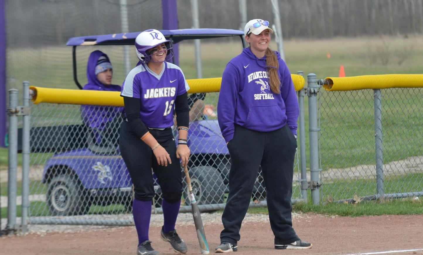 Softball Improves Win Streak to Seven Games