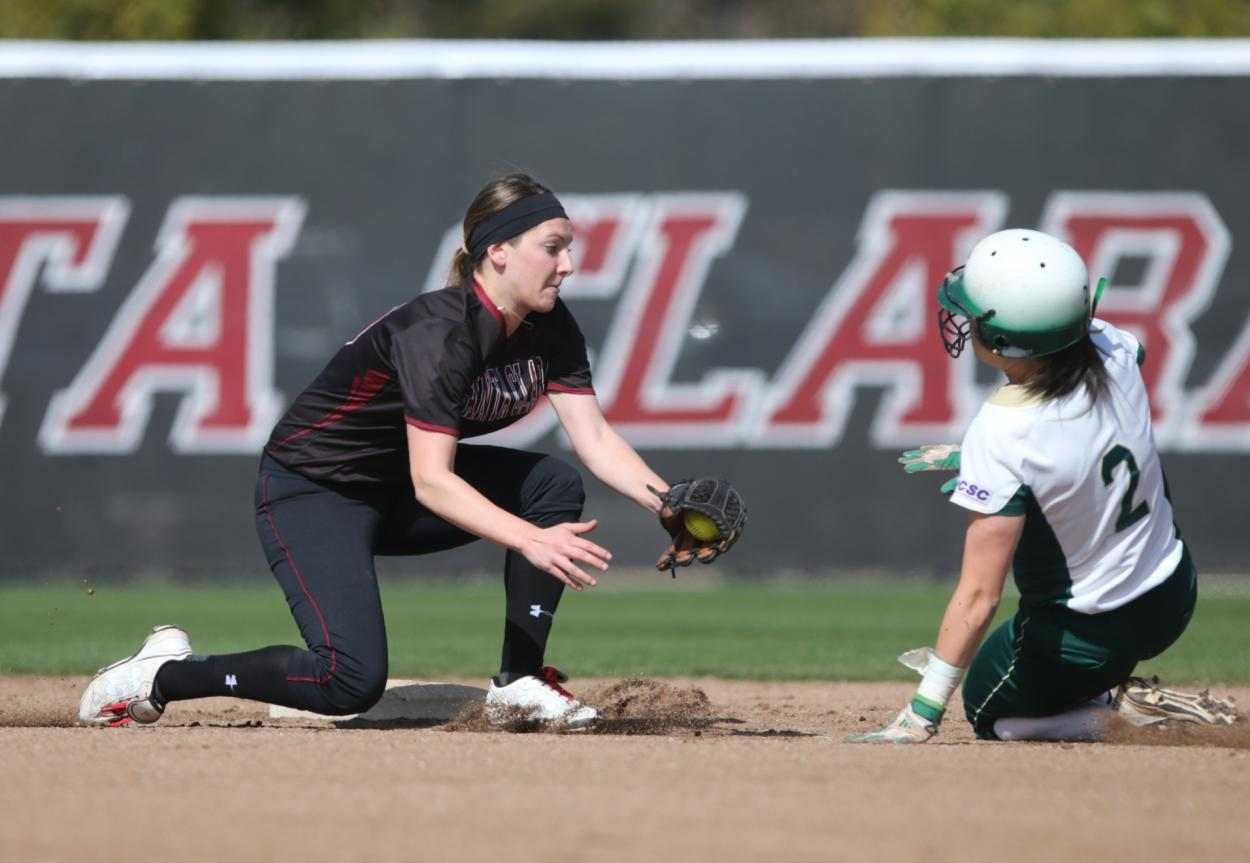 Softball Can't Withstand Late Sac State Rally, Loses 4-3