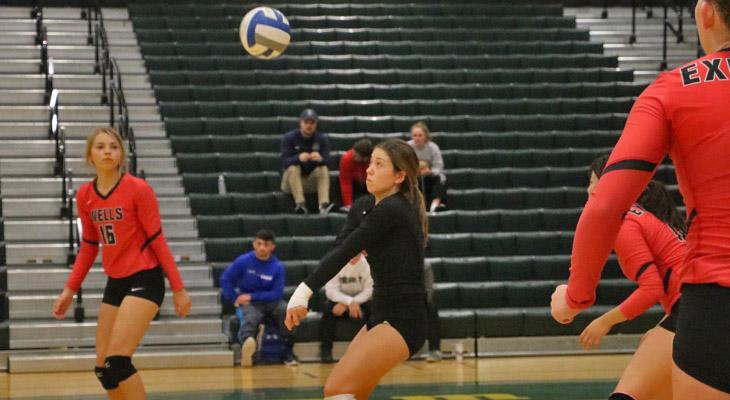 Rivera Sets Digs Record During Volleyball Team's Pair of Home Victories