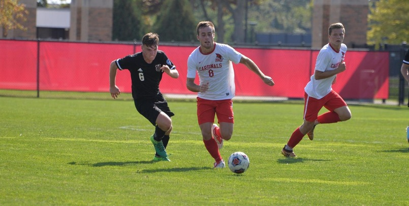 Men's Soccer falls late at Davenport by 3-2 score