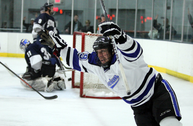 Sabres, Blue Devils Play to Entertaining 3-3 Draw