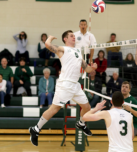 Men's Volleyball Splits in Non-Conference Action