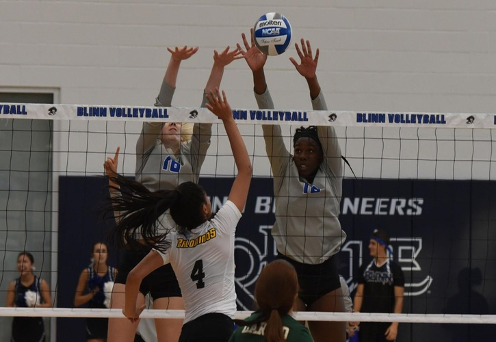 No. 19 Blinn College Volleyball Beats Laredo to Stay Undefeated, 3-0