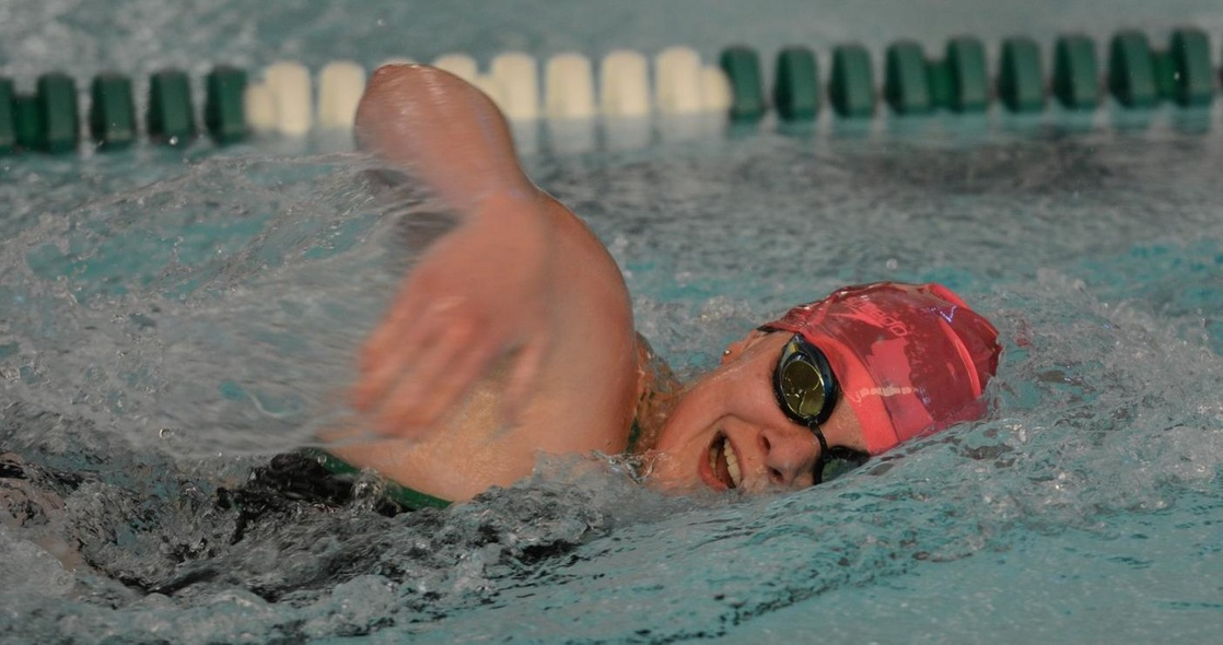 Women's Swimming Opens New Year at Manchester Saturday