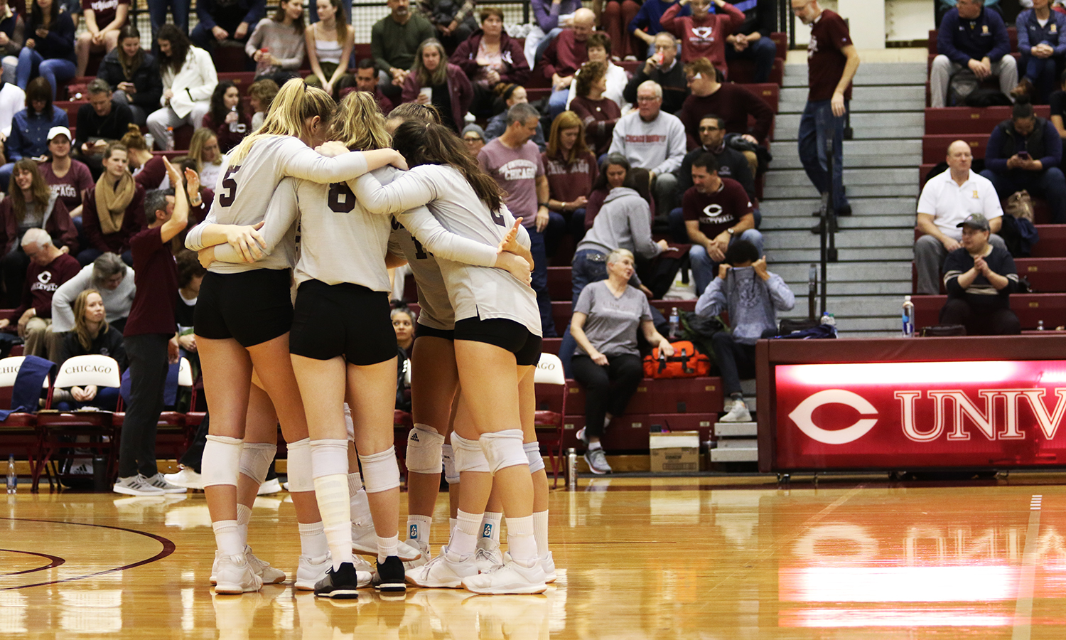 UChicago Volleyball Falls to Emory in UAA Title Match, 3-2