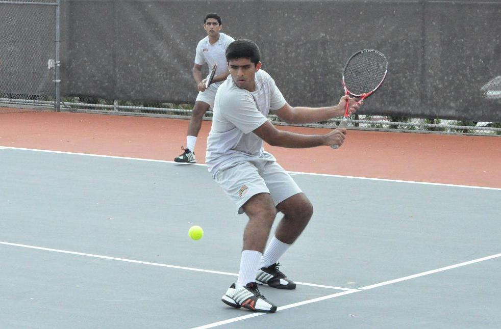 Sathwick Pathireddy Wins Two for Men's Tennis Against Oxy
