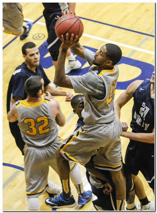 Lions' men's basketball team claims sixth straight win with a 58-56 home victory against Rose-Hulman