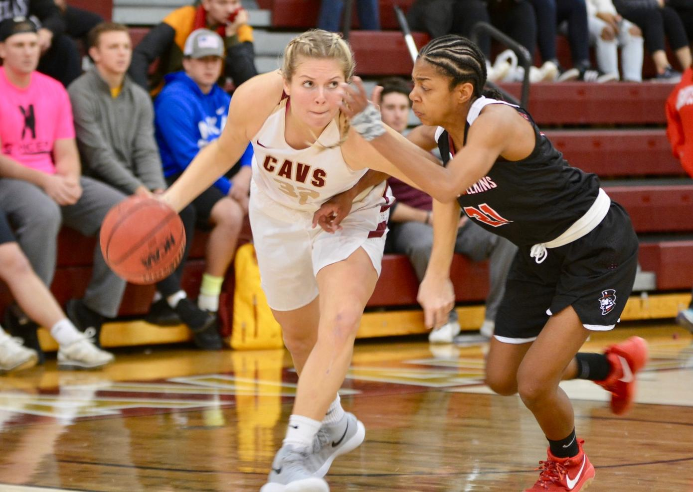 Women's Basketball Opens Up Long Road Trip With WIn