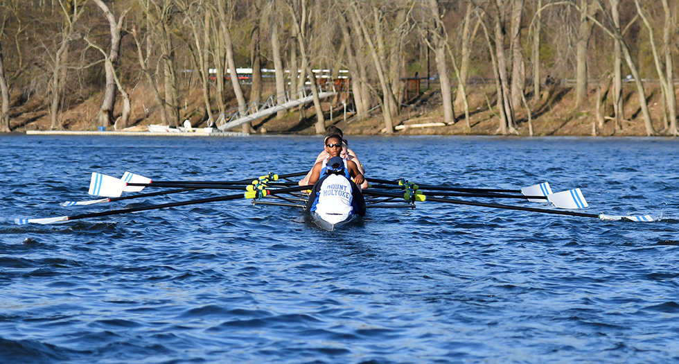 Rowing Posts Strong Effort at New England Championships