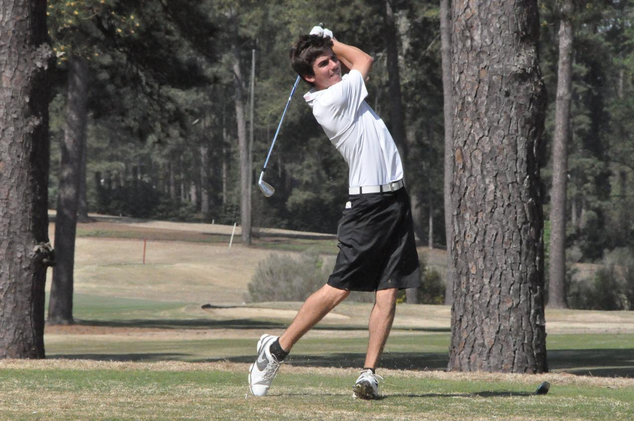 Golf: Panthers maintain lead after second round of USA South Tournament