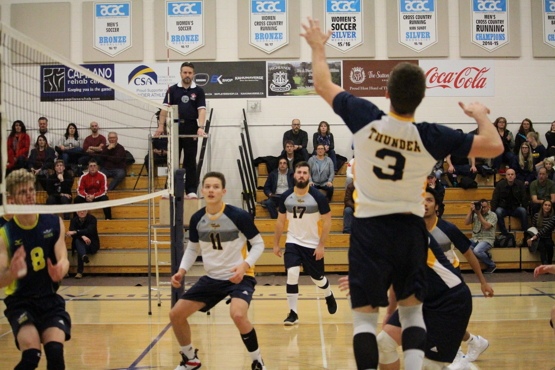 Thunder fall to visiting Ooks in a 4 set game