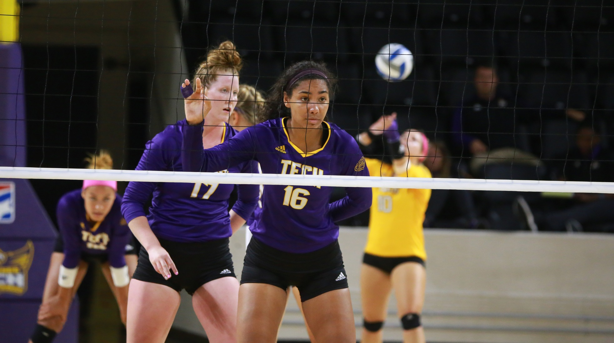 Tech volleyball falls to East Carolina, splits four games at Golden Eagle Invitational
